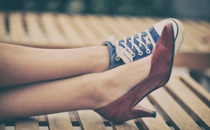 10 Best Nursing Shoes for